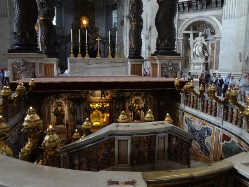 サン・ピエトロ大聖堂 教会内部